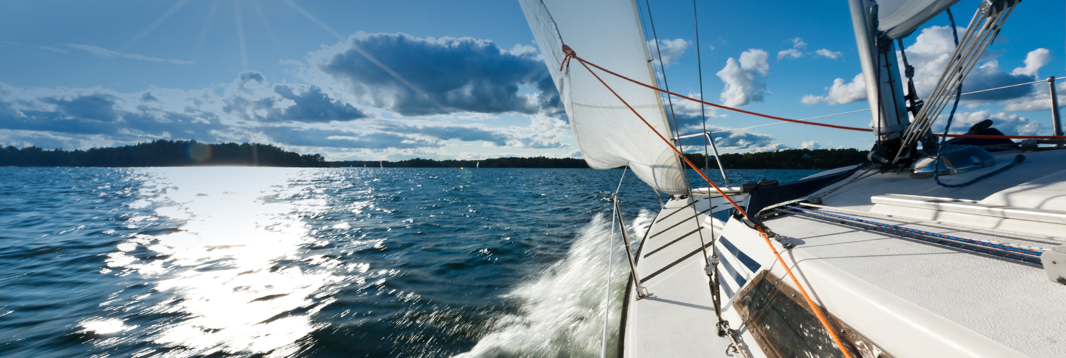 VARTA_Lesiure_Landingp._SWE_Boat_toned_top.jpg