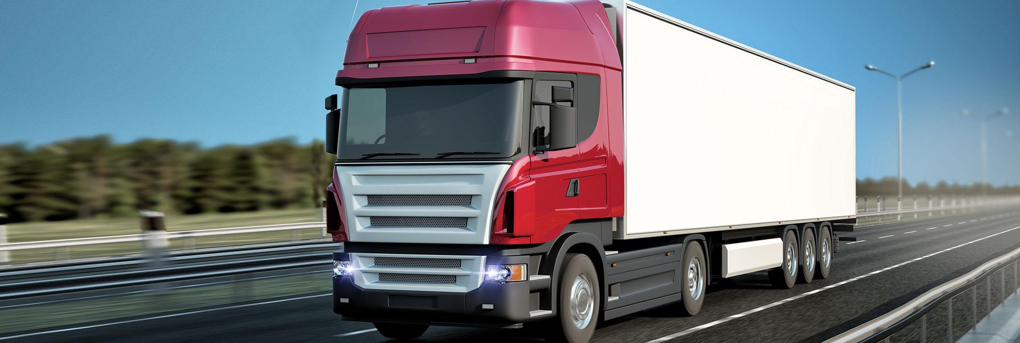 Een rood-witte vrachtwagen op de snelweg